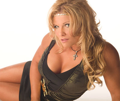 Headlines: Beth Phoenix written off TV, Colt and Pearce besmirch NWA, DDP moves in with Jake Roberts
