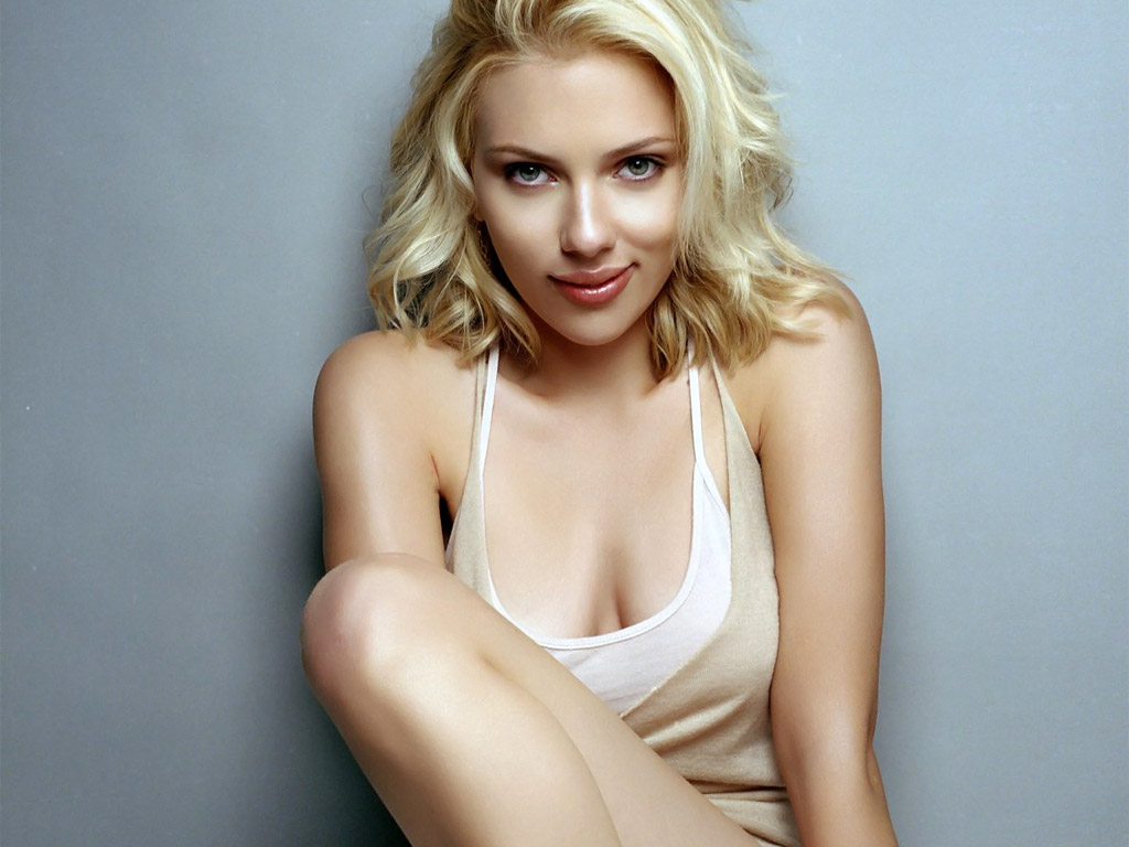 scarlett-johansson-hot-wallpaper-hd-beautiful-Scarlett-Johansson-images-desktop